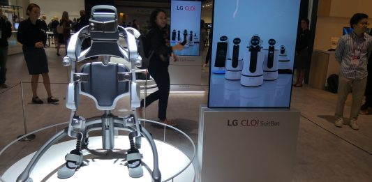 LG unveils its new AI-powered wearable robot